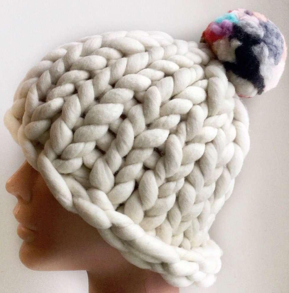 Chunky merino wool pom pom hat