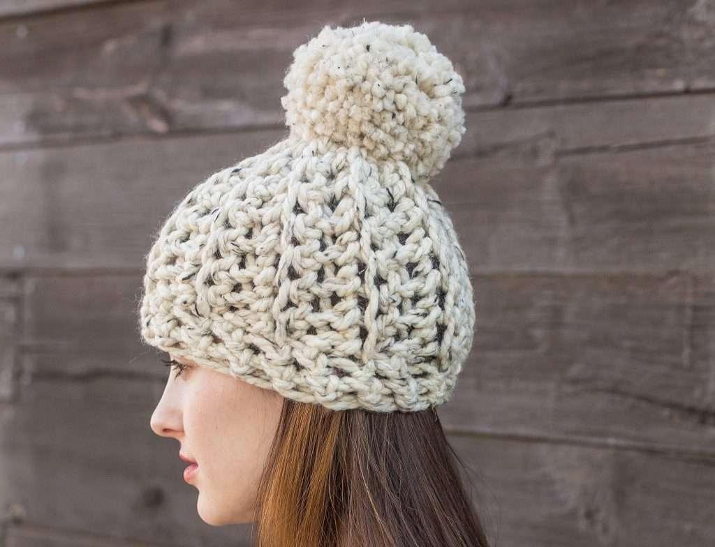 MercierCo Chunky Pom Pom Hat