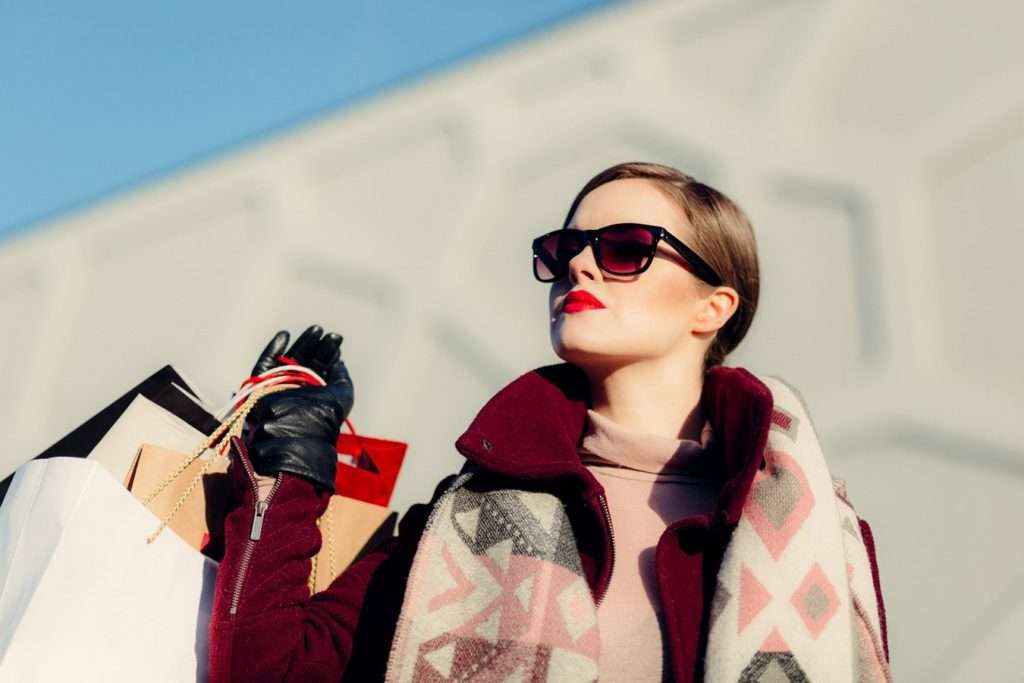 go shopping alone on black friday