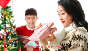 Best Christmas Gift Ideas for Her in 2020