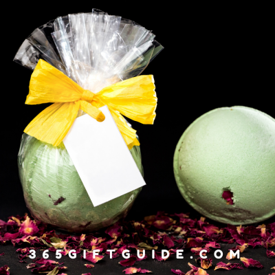 27 Best Bath Bombs Gift Sets