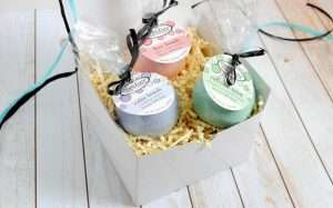 Clean Linen Soap Bath Bomb Gift Set