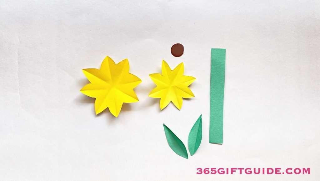 Paper Flower Vase Step 2