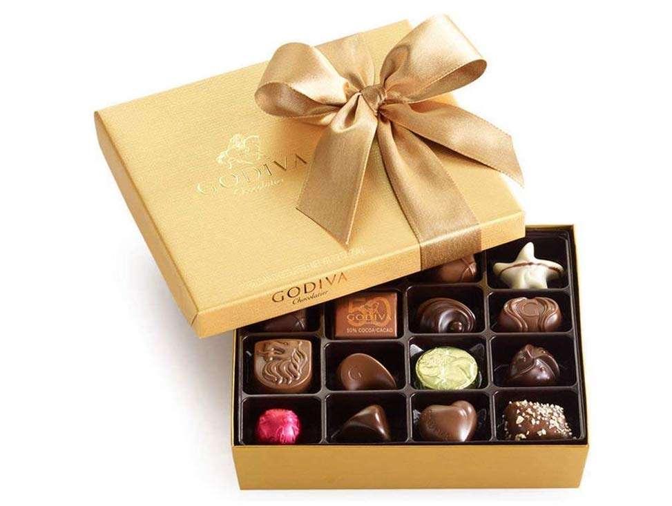 Godiva Chocolatier Classic Gold Ballotin Chocolate Box