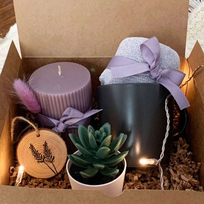 Hygge box with succulent