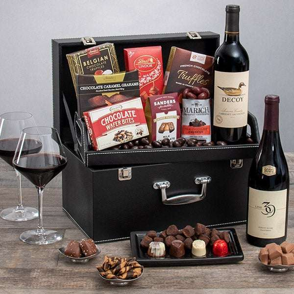 Red Wine Duo & Chocolate Suitcase