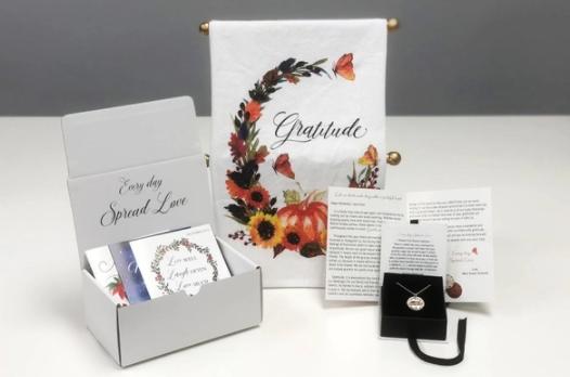 Mariamor Designs Jewelry Box